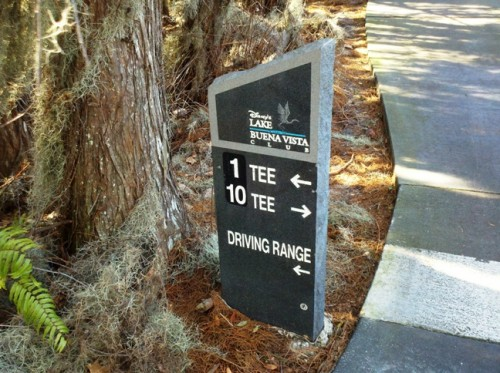 Tee 1 sign at Saratoga Springs