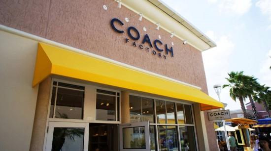 Orlando Premium Outlets Vineland Ave: Coach.