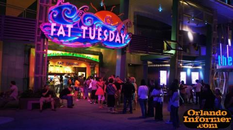 Universal CityWalk at night: Fat Tuesday.