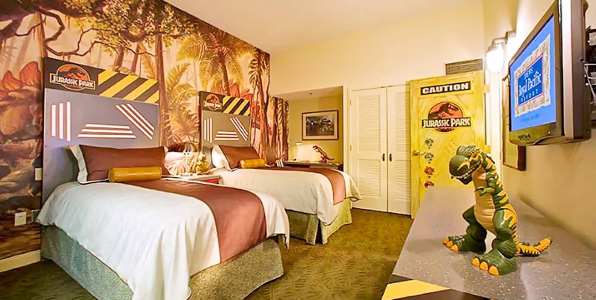Jurassic Park kids suite at Royal Pacific Resort