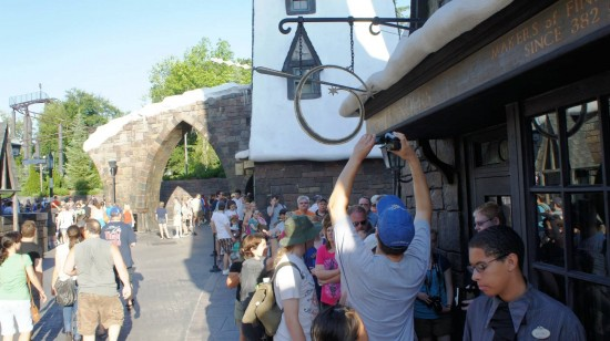 Wizarding World of Harry Potter trip report - July 2011: If I waited in that line for an hour, I'd probably want to record my achievement as well!