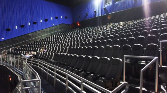 Regal Pointe Orlando Stadium & IMAX on International Drive: No problem finding seats at a matinee.
