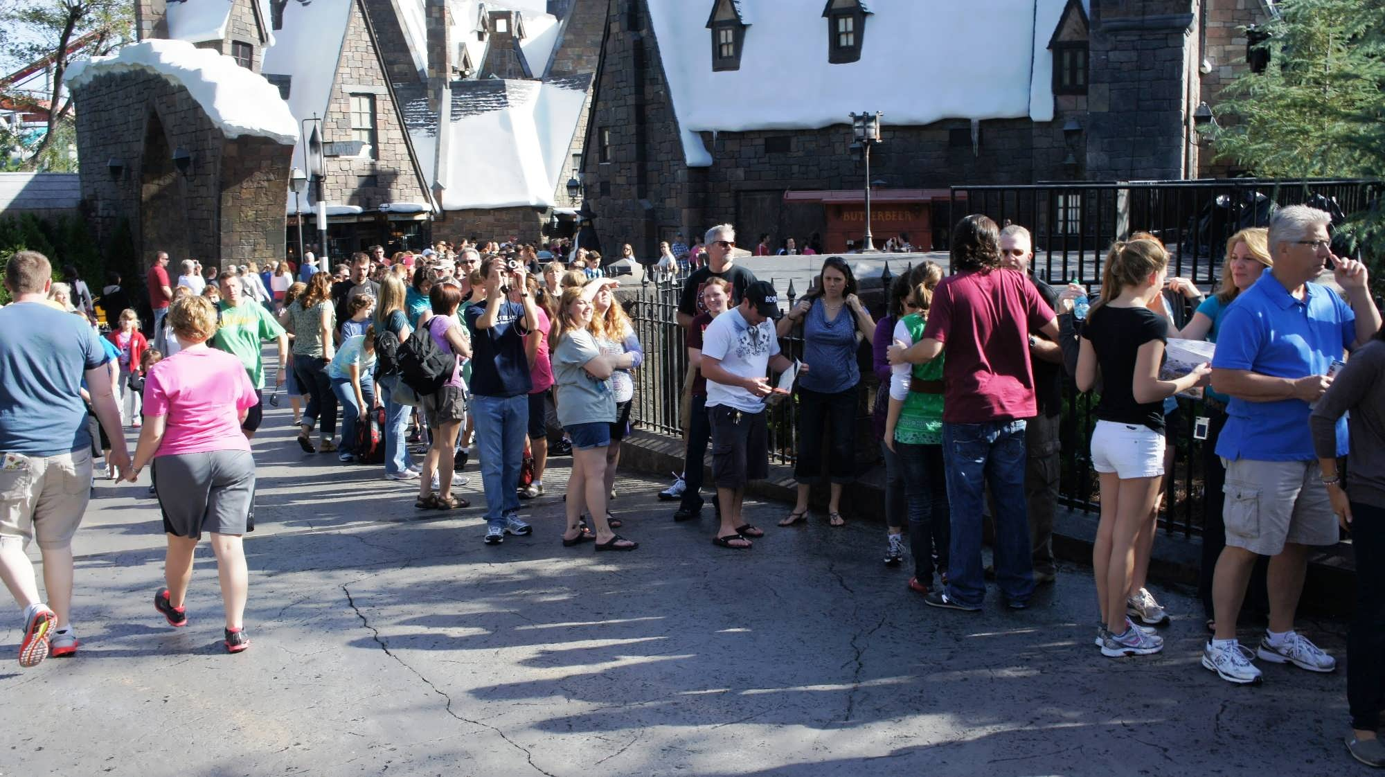 The line stretching out from Hogwarts Castle – keeps going down into Hogsmeade Village (3).