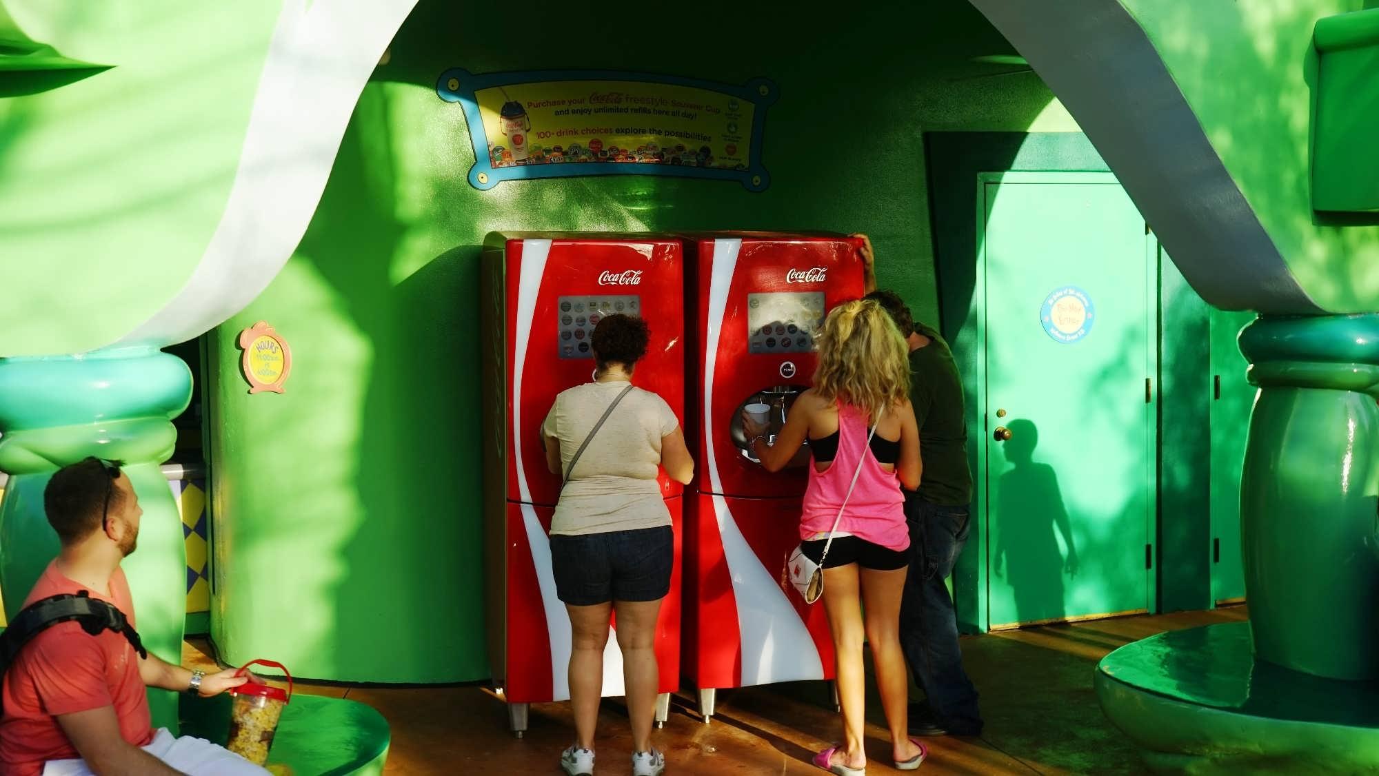 Coca-Cola Freestyle estação em Seuss Landing do IOA