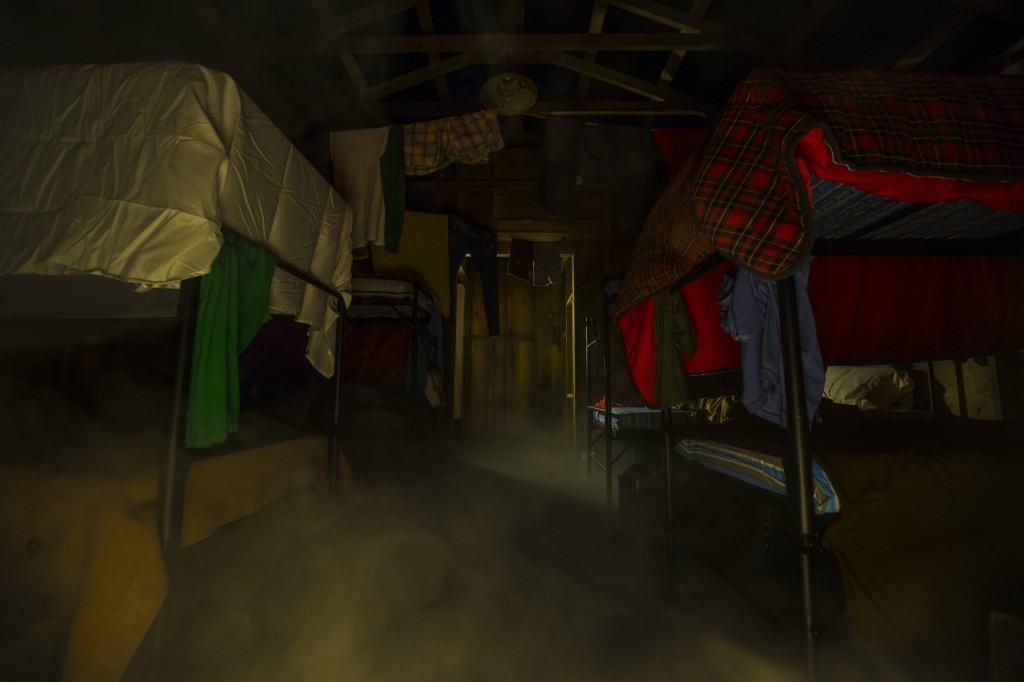 Freddy vs. Jason Cabin at Halloween Horror Nights 25