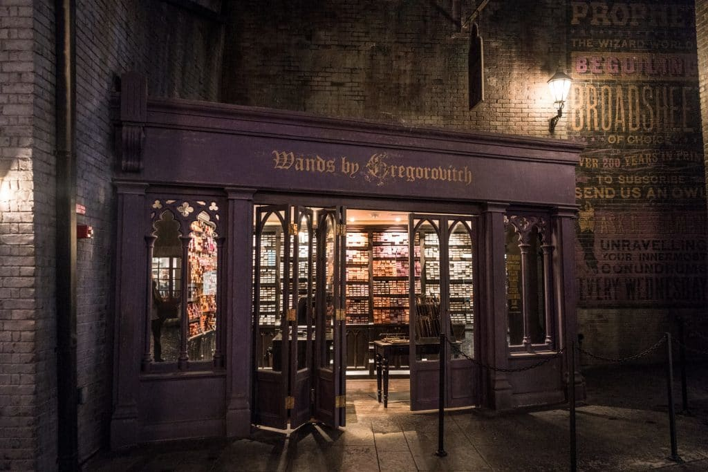 Wands by Gregorovitch at the Wizarding World of Harry Potter - Diagon Alley