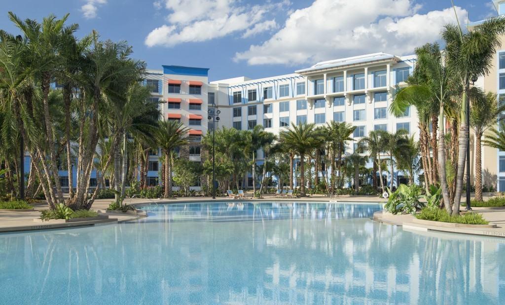 Loews Sapphire Falls Resort pool at Universal Orlando