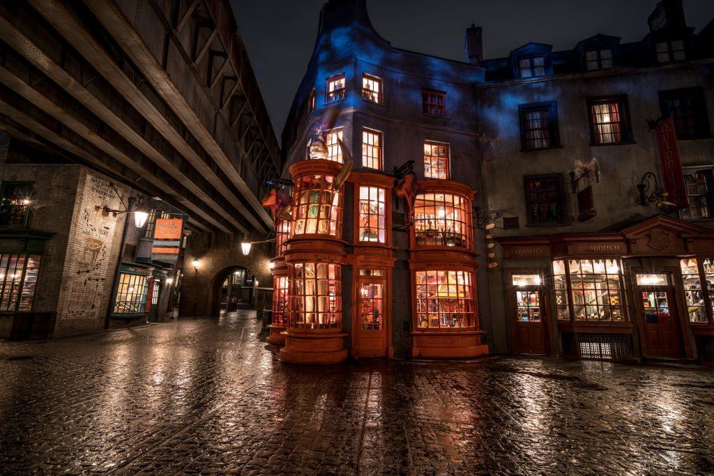 Weasleys' Wizard Wheezes in The Wizarding World of Harry Potter - Diagon Alley at Universal Orlando