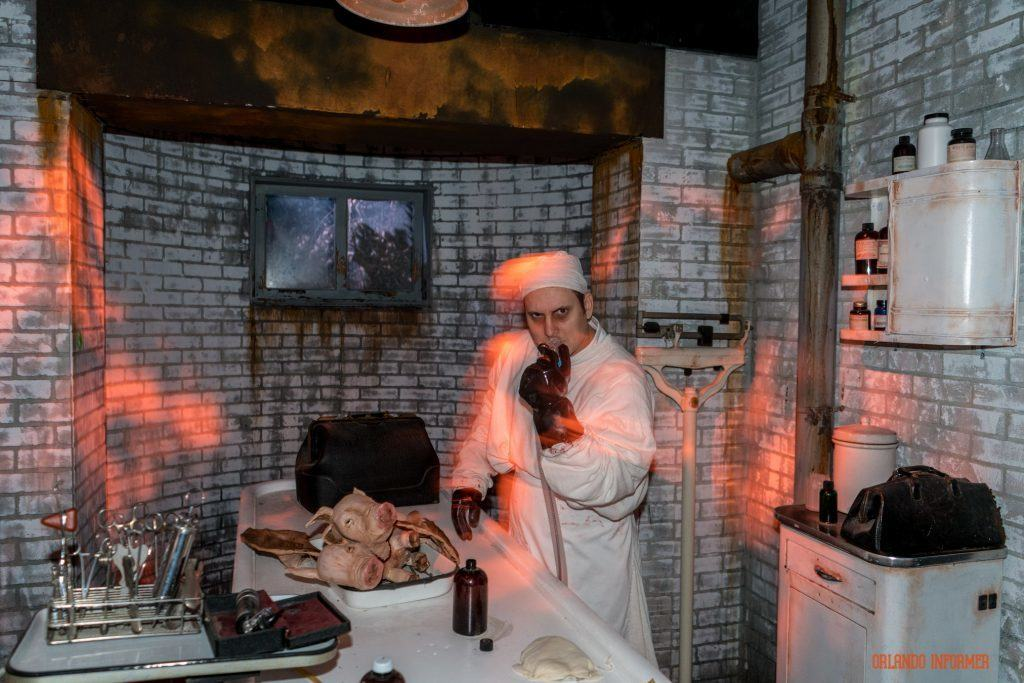 Dr. Charles Montgomery in American Horror Story at Universal Orlando's Halloween Horror Nights 2016