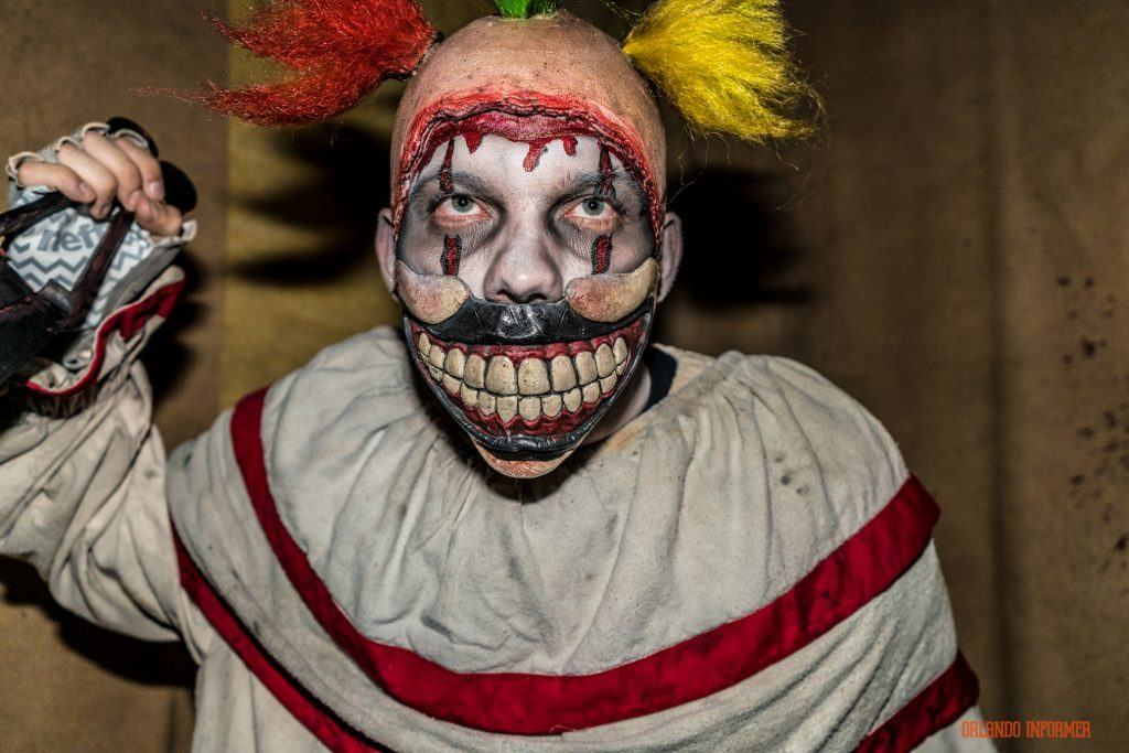 Twisty in American Horror Story at Universal Orlando's Halloween Horror Nights 2016