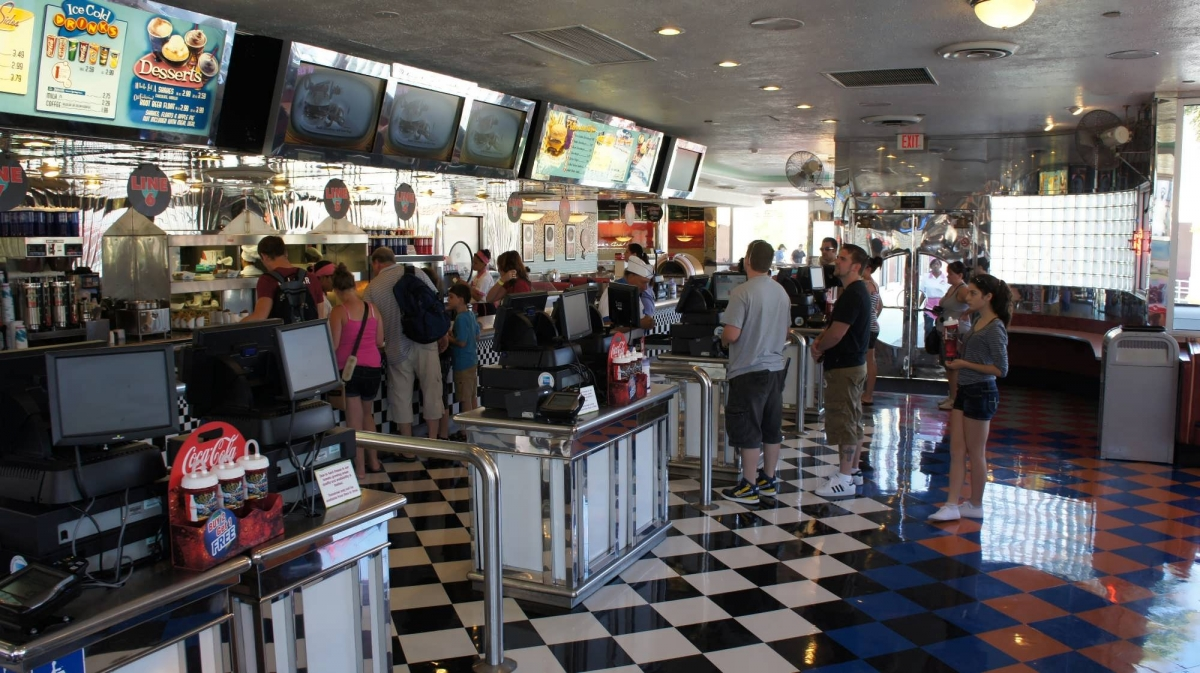 mels-drive-in-universal-studios-florida-711-oi