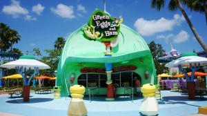 green-eggs-and-ham-universal-islands-of-adventure-054-oi