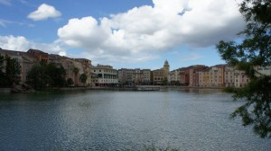 oi-walk-from-universal-citywalk-to-portofino-bay-hotel-447