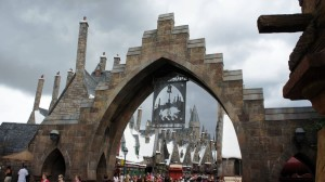 wizarding-world-of-harry-potter-rain-0298-oi