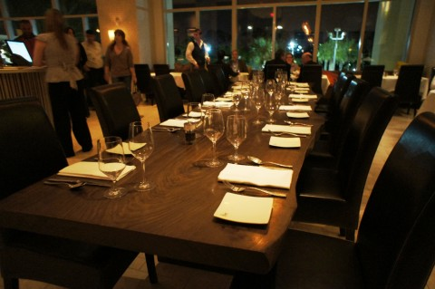 La Luce by Donna Scala: A larger table for groups.