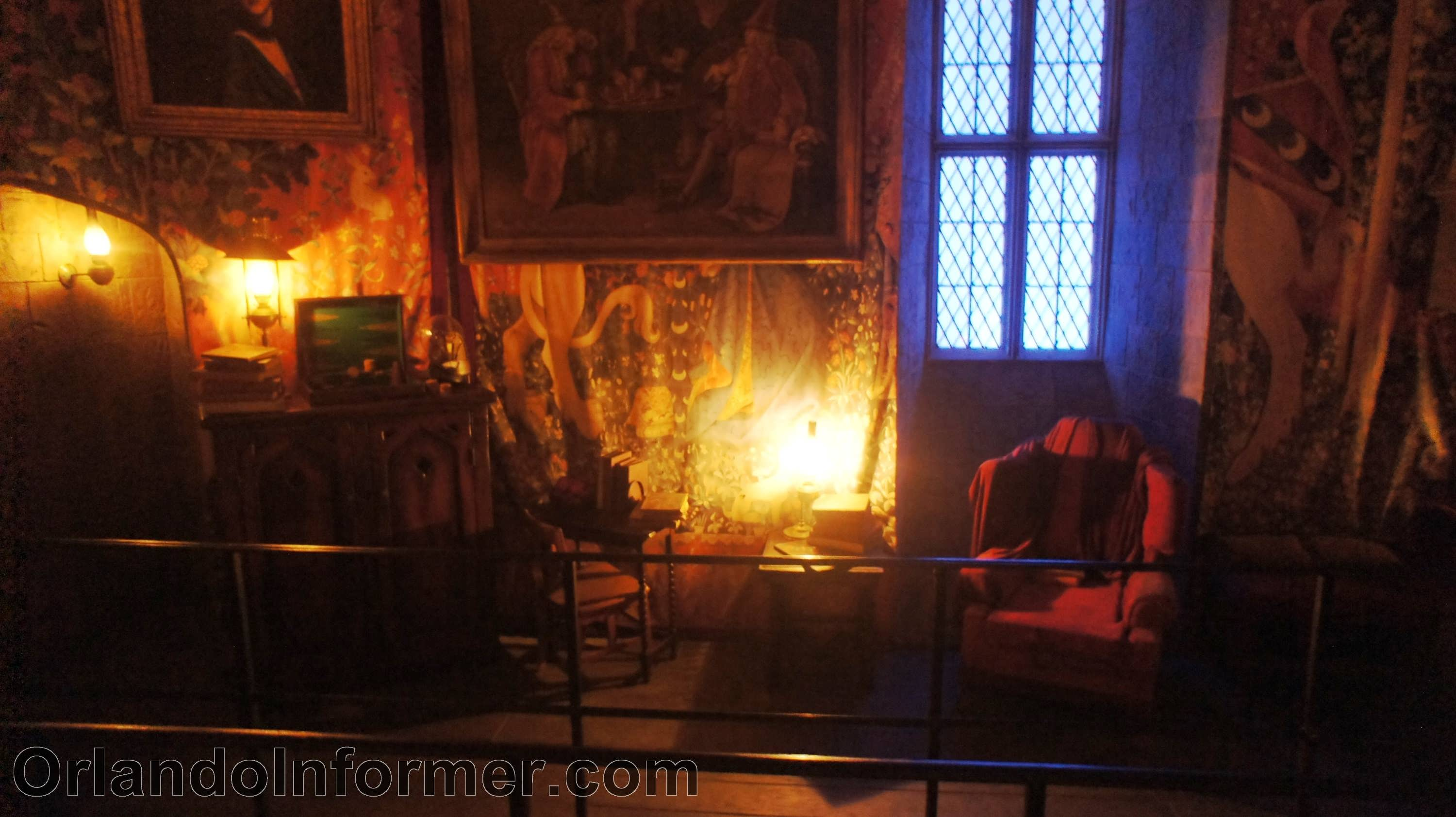 Harry Potter and the Forbidden Journey Gryffindor Common Room.