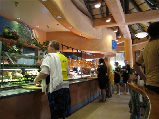 Discovery Cove Orlando: Choose what you'd like to eat.