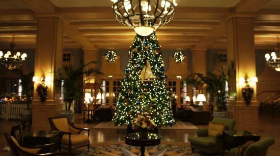 2011 holiday decorations at Disney's Yacht Club Resort.