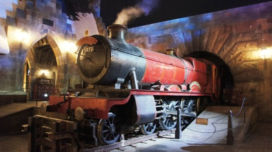 The current Hogwarts Express inside WWoHP.
