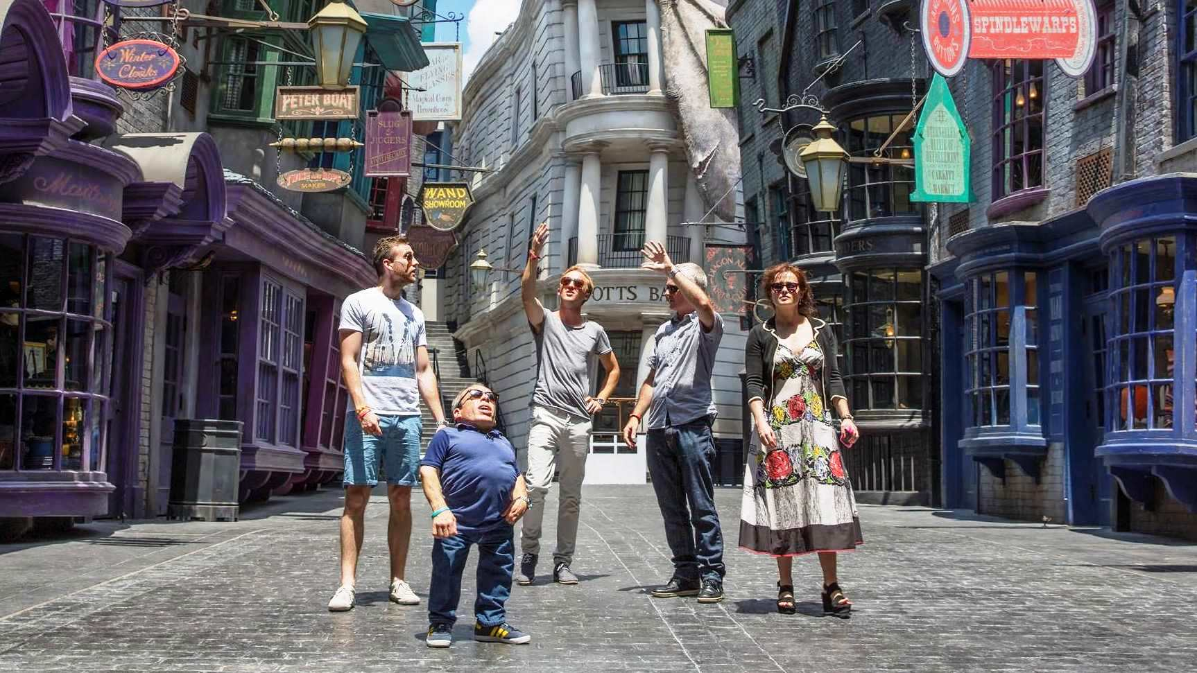 Harry Potter stars tour Diagon Alley