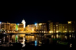 Portofino Bay Hotel at night