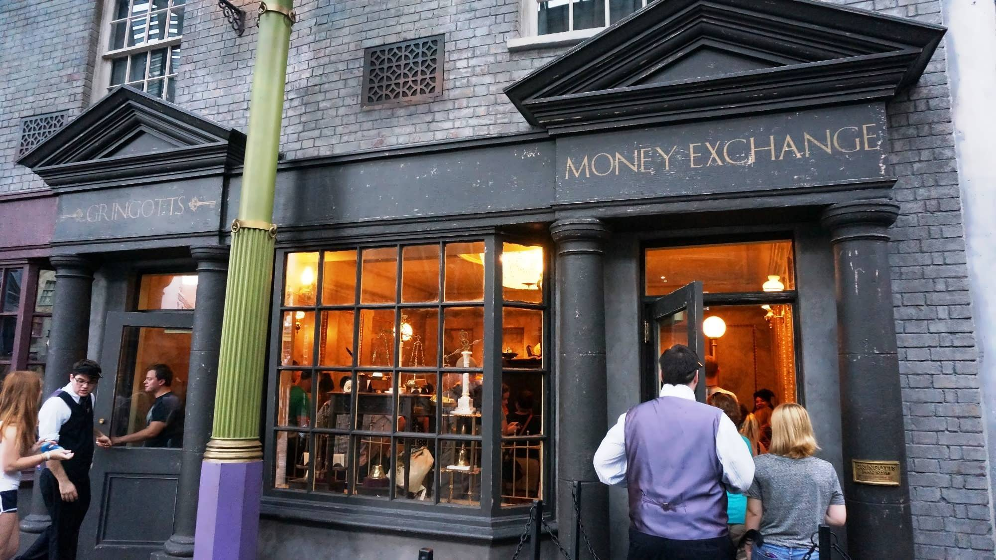 Gringotts Money Exchange at the Wizarding World of Harry Potter - Diagon Alley