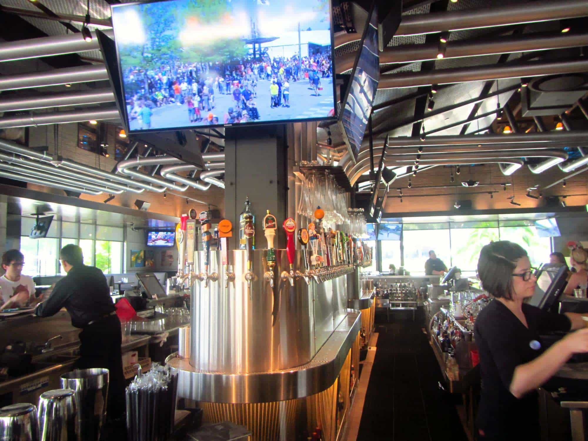 Why you NEED to eat at Yard House