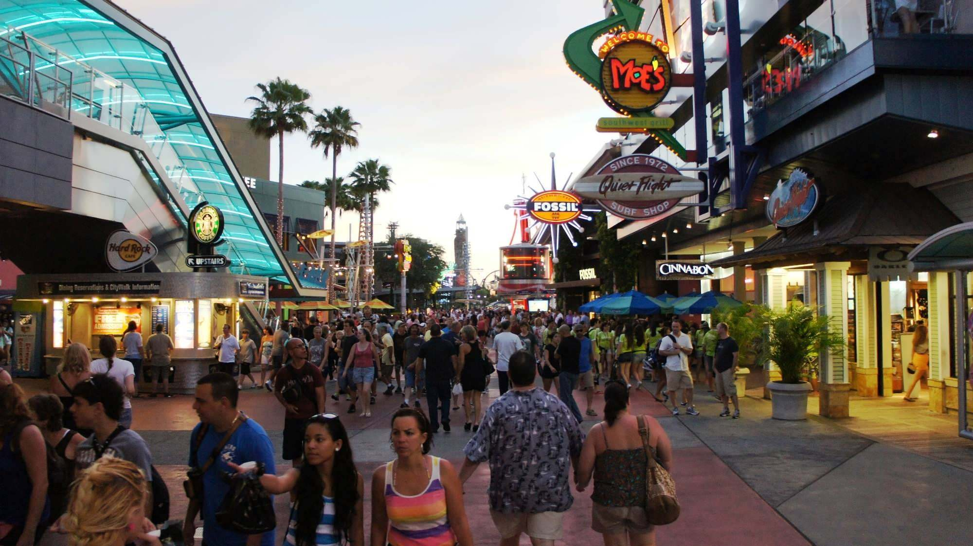 Top 5 reasons CityWalk is better than Downtown Disney