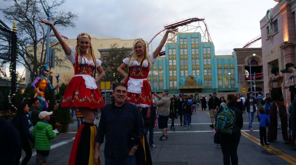 Universal Mardi Gras 2016