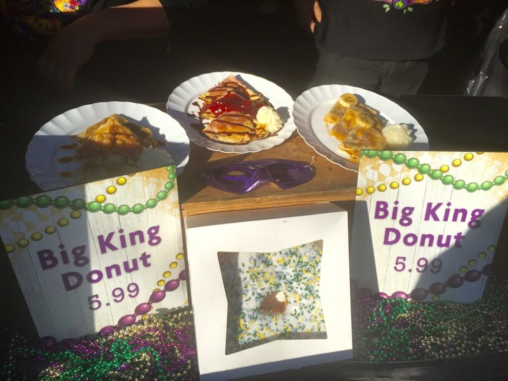 King cake donut