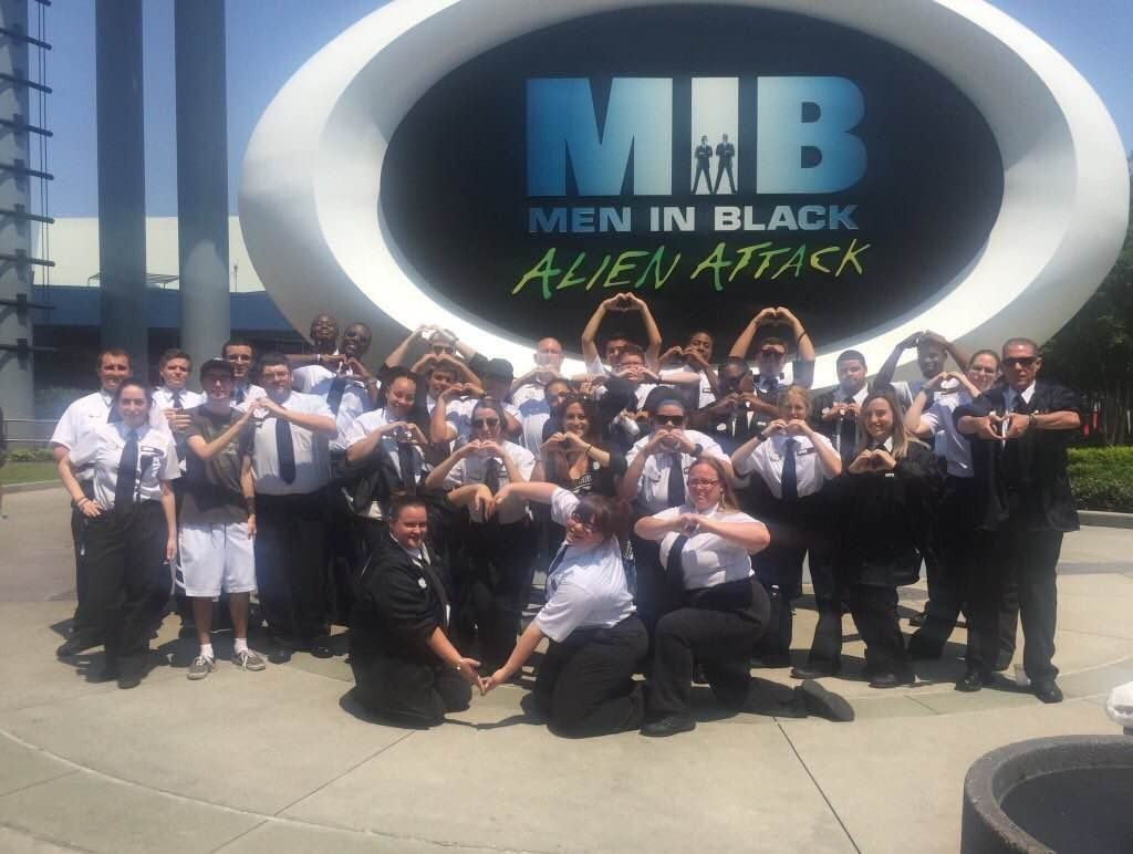 Universal Orlando Team Members show their love and support