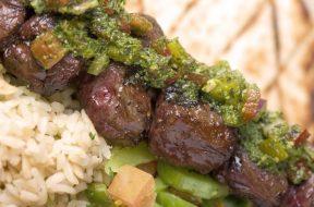 A dish from Satu'li Canteen inside Pandora - The World of AVATAR