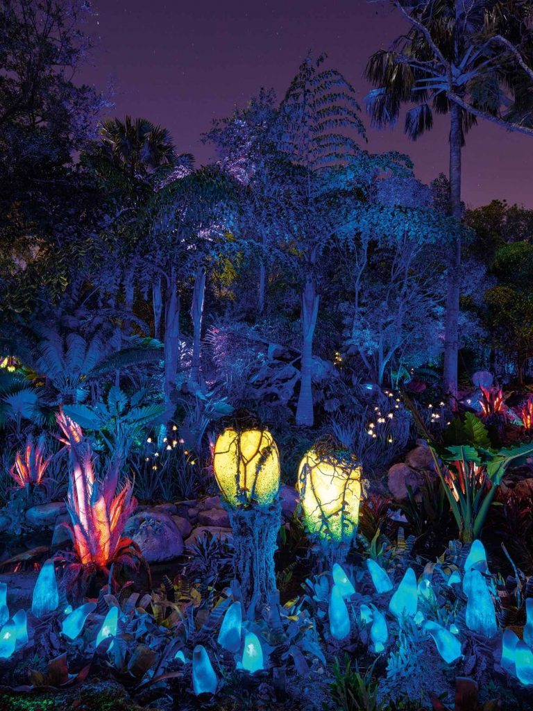 Pandora - The World of Avatar features a variety of glowing bioluminescent plants