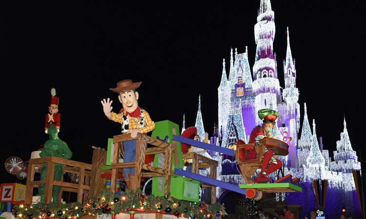 Mickey's Once Upon a Christmastime Parade (Image courtesy of Walt Disney World)